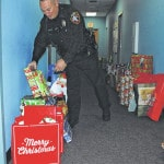 UPD brightens Christmas for local kids
