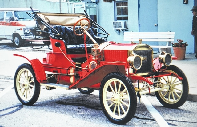 Steve Lambert Great Grandson Of John William The Inventor United States S First Gasoline Ed Automobile Will Be Grand Marshal In