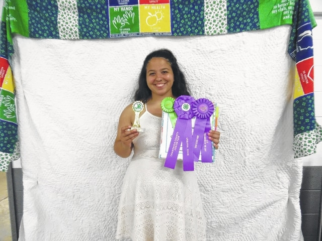 Jennifer Sizemore-Party Planner State Fair Rep & Outstanding of the Day at State Fair