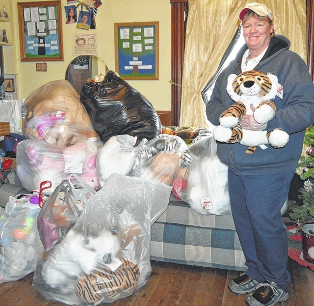 Kathy Amweg, leader of Lakeview Girl Scout Troop 20771, drops off donations to Project Teddy Bear & Friends, a nonprofit in West Liberty. The troop donated 60 new stuffed animals, worth $500. With the help of other troops, they also donated 67 gently-loved stuffed animals. The nonprofit redistributes the stuffed animals to others all year, although most go out for Christmas. For information about the group, contact The Teddy Bear Lady at 937-465-6081.