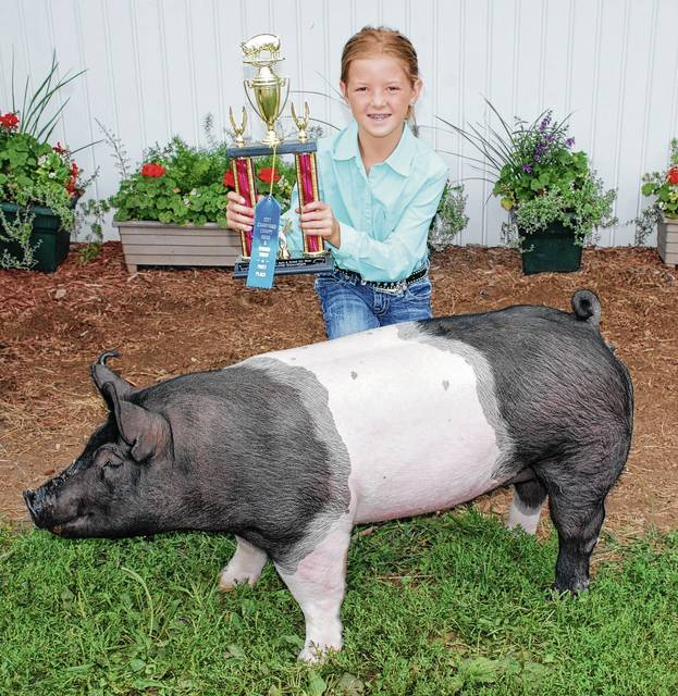 Ava Astorino, Reserve Champion Born and Raised Gilt