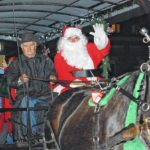 Parade welcomes Santa to Urbana