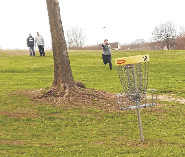 A U.S. Amateur Disc Golf Qualifier was held at Melvin Miller Park in Urbana on Saturday. In photo, Darrick Gorenflo approaches the hole while putting on #18. The winner was Tommy Yoder, Gorenflo was second and Gary Wilson was third.