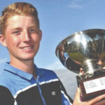 UU signs French golf standout