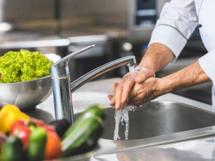 A sutdy found that people are failing to properly wash their hands 97 percent of the time when they are cooking, and instead are rushing through the process.